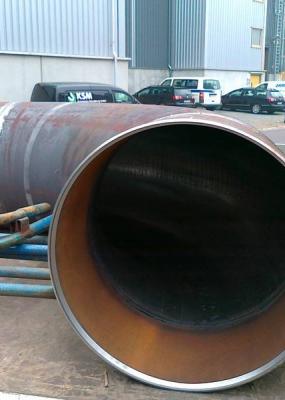 Wechsel von Bögen an einer Dampfleitung